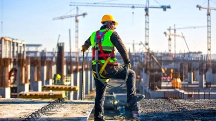 450 Bin Taşeron İşçi Sürekli Kadroya Alınacak