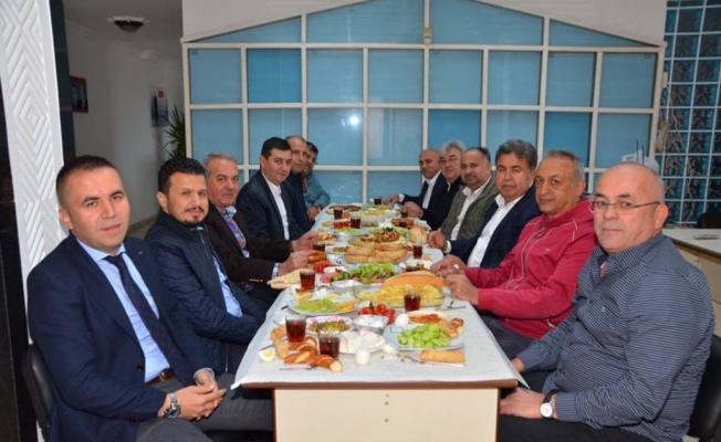 Meclis üyeleri  teşkilatta buluştu