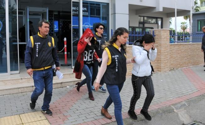 Alanya'da Fuhuş Operasyonu: 2'si Kadın, 4 Gözaltı