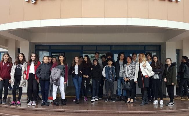 Bil Koleji öğrencileri üniversiteyi gezdiler
