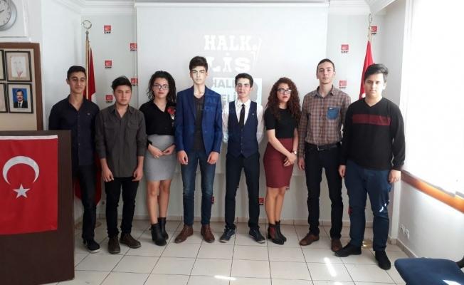 CHP'li gençler şiddete dikkat çekti