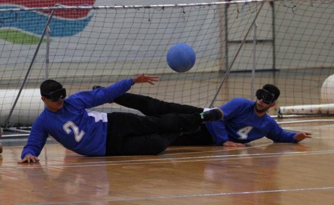 Goalball'da heyecan başladı