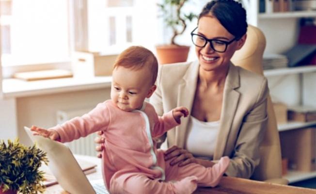 Kamuda çalışan anne-babalara  yarı zamanlı çalışma geliyor