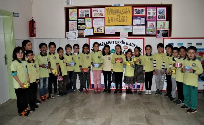 Öğrencilerden Afrin'deki  Mehmetçik'e destek