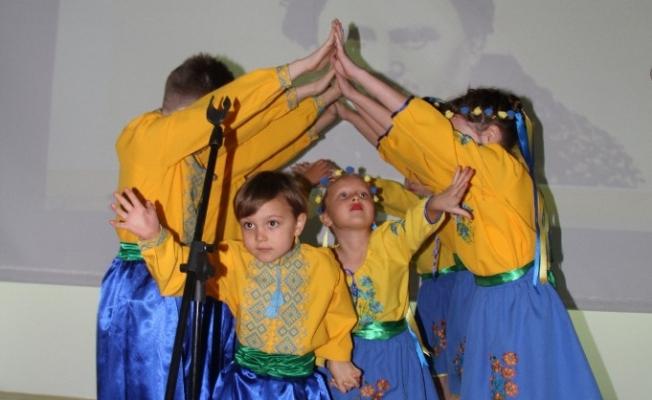 Ukraynalılar Şevçenko'yu andı