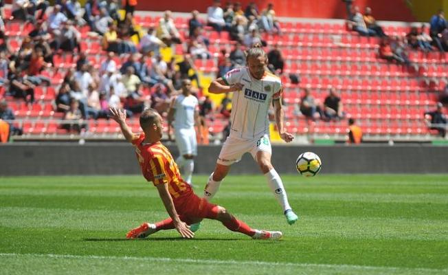 Alanyaspor'dan Kayseri'de futbol şov