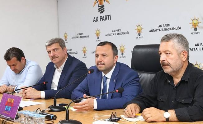 Ak Parti'de gündem: Seçim kampanyası!