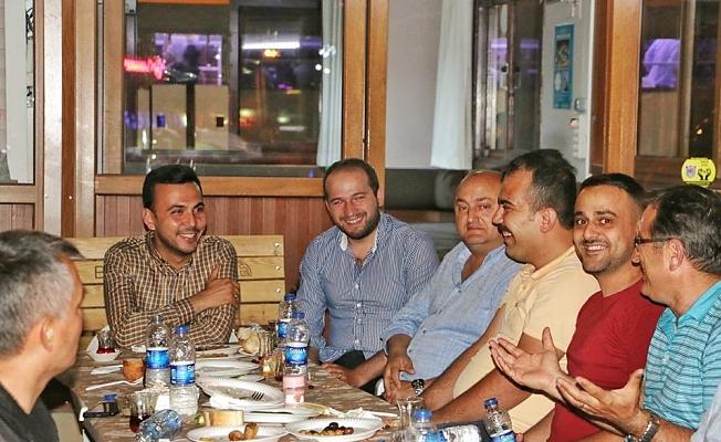 İlk iftar Şehit ve Gazi yakınlarıyla, ilk sahur ise taksicilerle