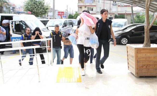 Alanya'da fuhuş çetesi de çökertildi: 5 tutuklama