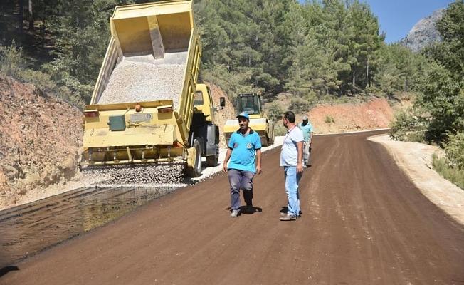 Gümüşkavak yolu da asfaltla buluştu