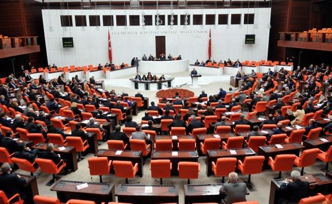 Vekil sayısında AK Parti ve CHP eşitlendi