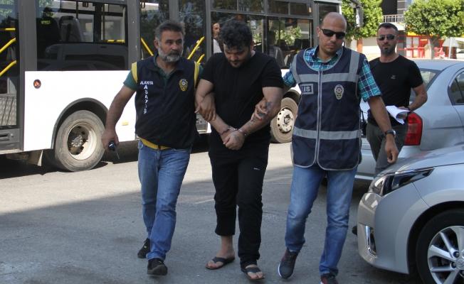 Fuhuşa zorladığı iddia edilen şüpheli tutuklandı