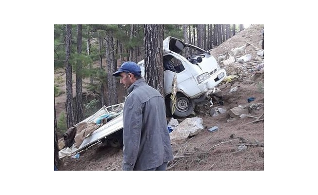 Gazipaşa Ilıca yolunda kaza: 2 ölü, iki ağır yaralı