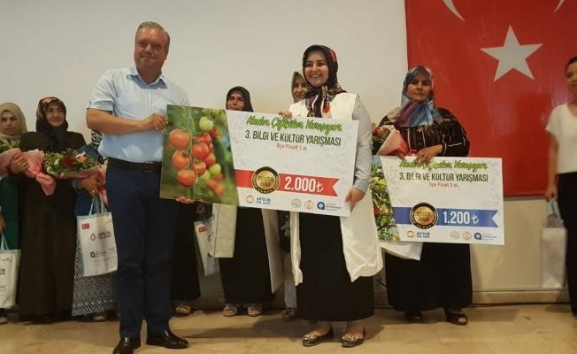 'Kadın Çiftçiler'de  anne-kız çekişmesi