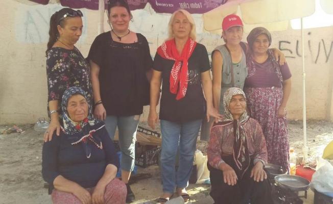 CHP'li kadınlardan pazar çıkarması