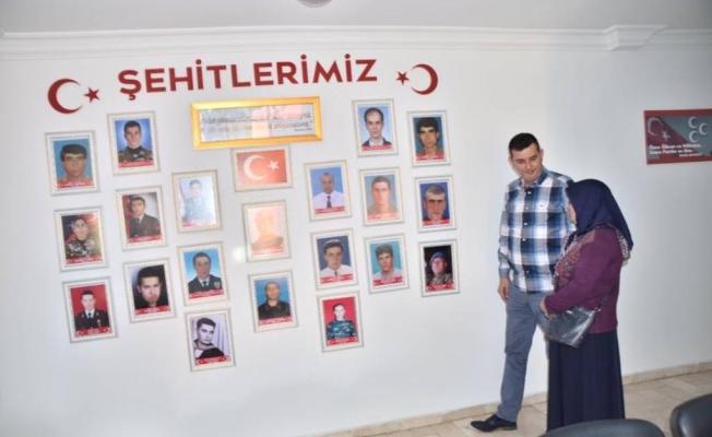 Türkdoğan, şehit annesini ağırladı