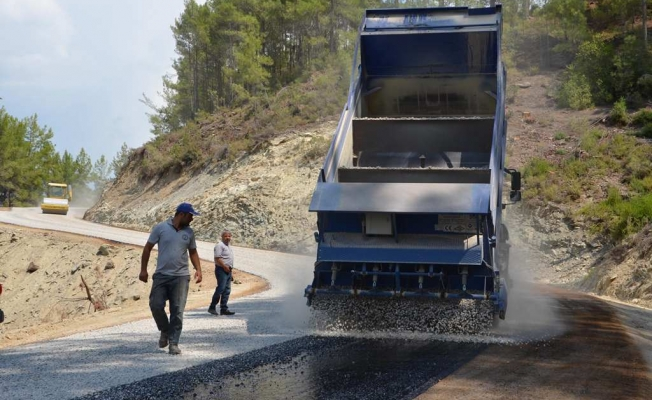Uzunöz yolu asfaltlanıyor