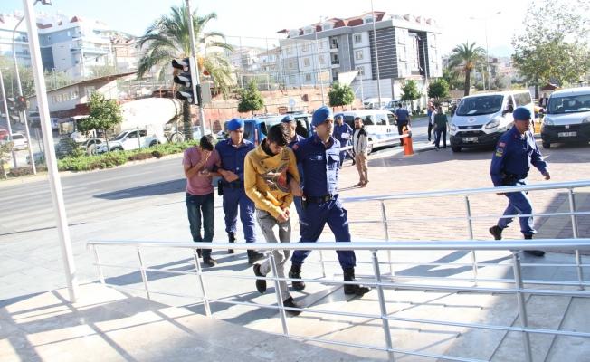 ALKÜ'de öğrencileri zehirleyen uyuşturucu tacirleri yakalandı