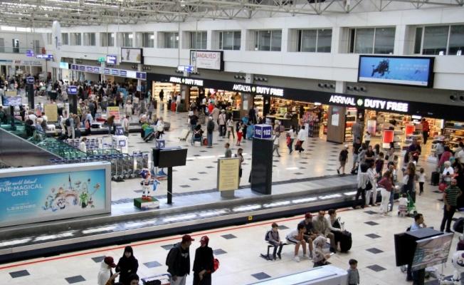 Antalya turizminde rekor sayı