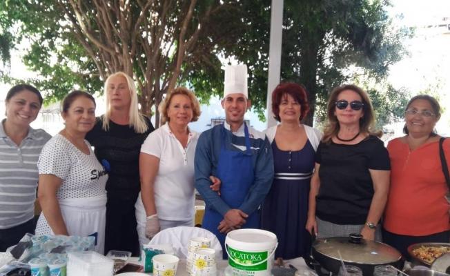 CHP'li Kadınlardan ÇYDD'ye kermes desteği