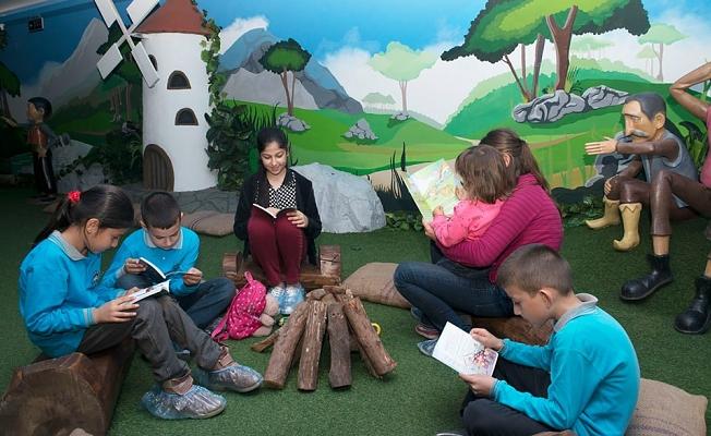 Kitap ve Oyuncak Kütüphanesi dolup taşıyor