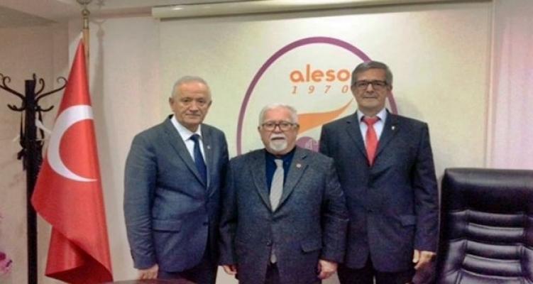 Vatan Partisi Alanya'da seçim çalışmalarını hız verdi