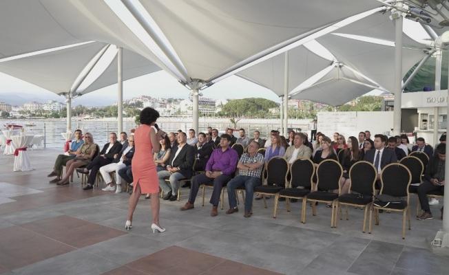 Apollo Tur, Alanya'da  turizmcilerle buluştu