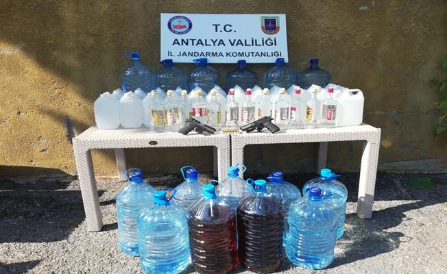 Alanya'da 4 yıldızlı bir oteldeki alkol üretimine jandarma baskını!