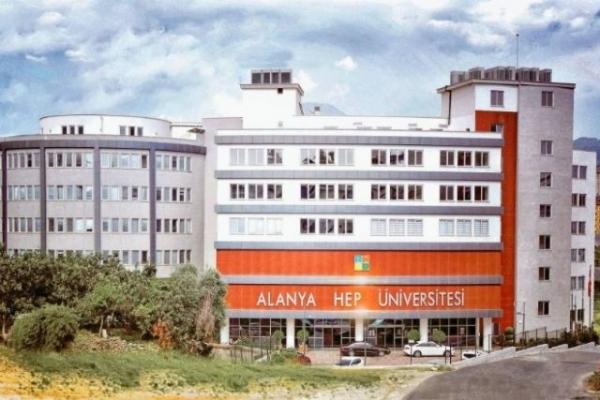 Alanya HEP Üniversitesi'nde öğrenciler işsiz kalmıyor!