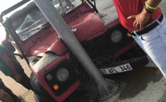 Alanya'da safari kazası! 2 turist yaralandı