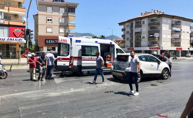 Alanya'da feci kaza! Yaralılar var