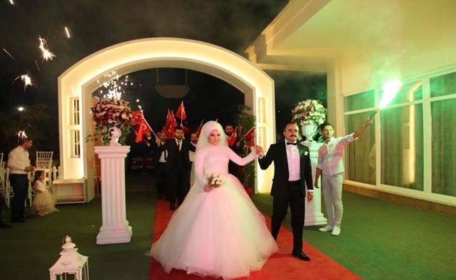 Alanya Ülkü Ocakları Başkanı Demirağ evlendi