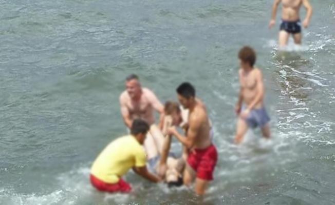 Alanya'da girdiği denizde az kalsın canından oluyordu!