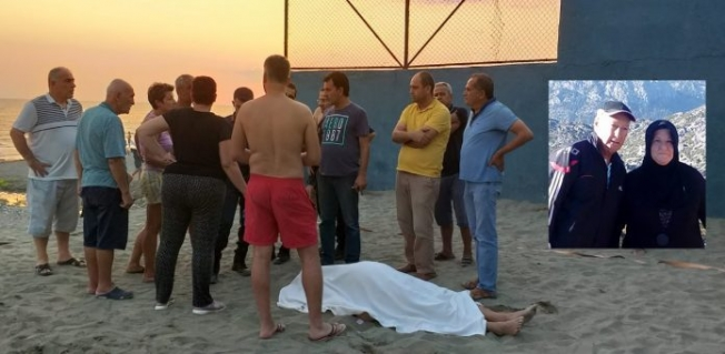 Alanya'da plajda voleybol oynarken kalp krizi geçirdi!