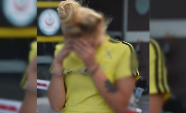 Alanya'da uyuşturucu taciri genç kız polisten kaçamadı
