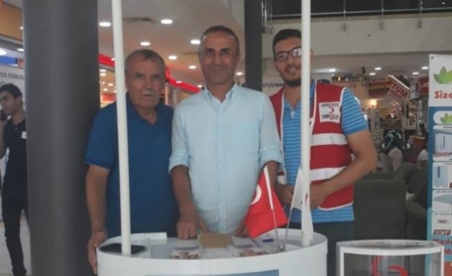 Çavuşoğlu'ndan Kızılay'a kurban bağışı