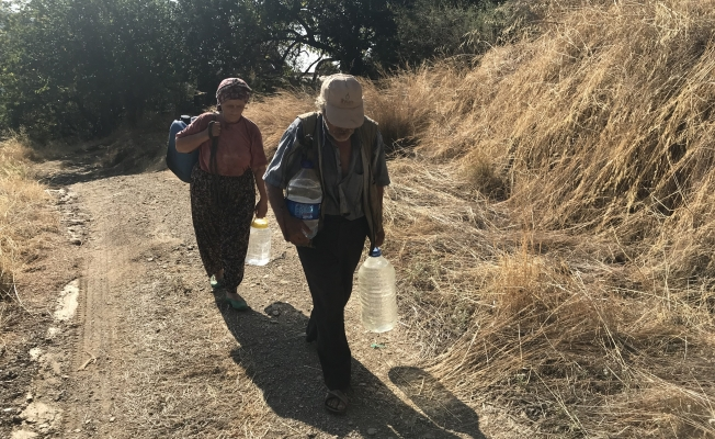 40 yıldır içme suyunu bidonla taşıyorlar