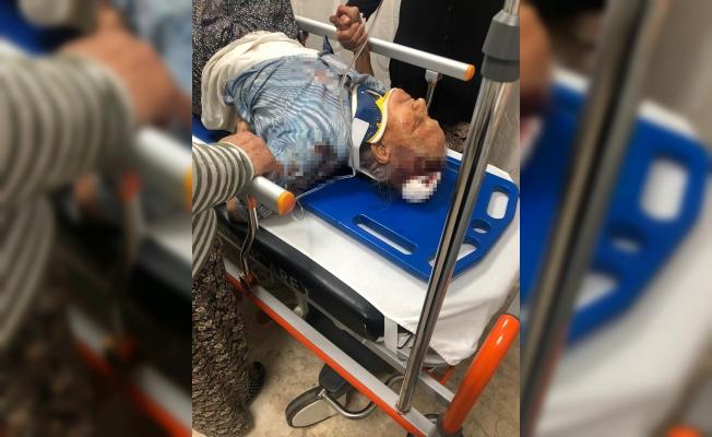 91 yaşındaki kadını demir çubukla dövüp öldü diye bıraktı