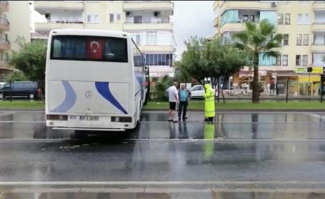 Alanya'da kontrolden çıkan otobüs korku dolu anlar yaşattı