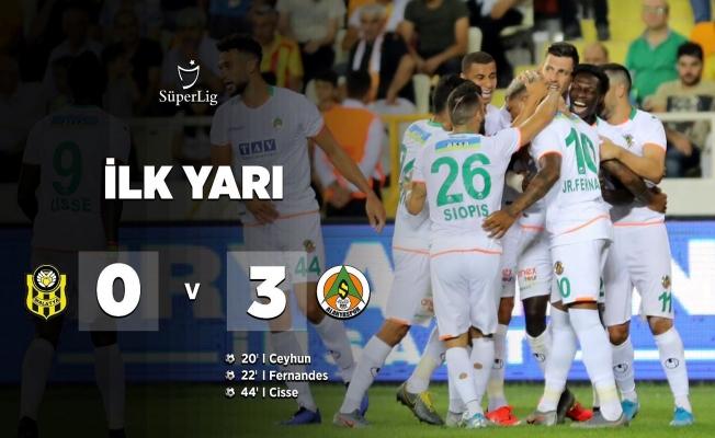 Alanyaspor'da ilk yarıda gol oldu yağdı!