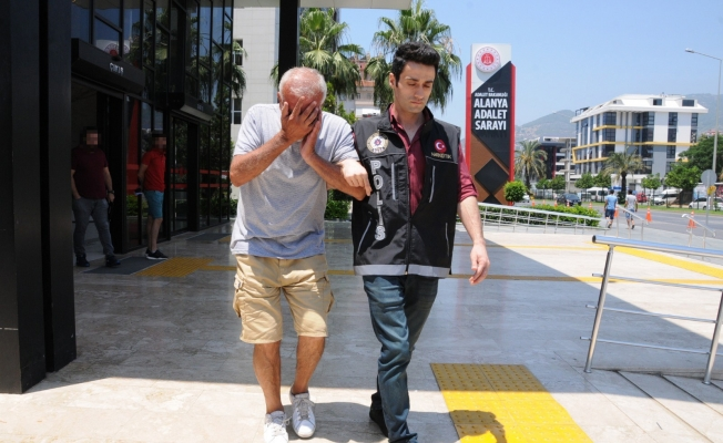 Alanya'da uyuşturucu tacirliği yapan 64 yaşındaki şahsa 8 yıl hapis!