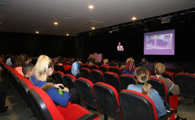 Alanya Belediyesi'nde seminerler sürüyor