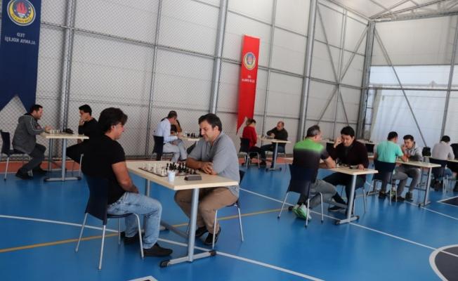 Alanya'da Öğretmenler Günü Satranç Turnuvası