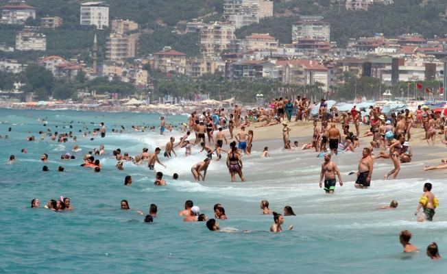 Antalya tüm yılların rekorunu kırdı