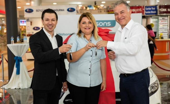 Mercedes ödülünü Alanya mağazası kazandı