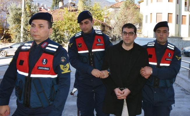 Alanya'da 3 yıldır aranan FETÖ'cü müdür Burdur'da yakalandı