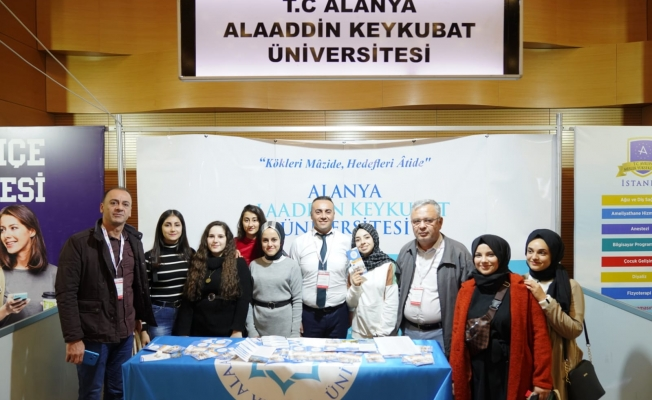 ALKÜ Antalya'da öğrencilerle buluştu