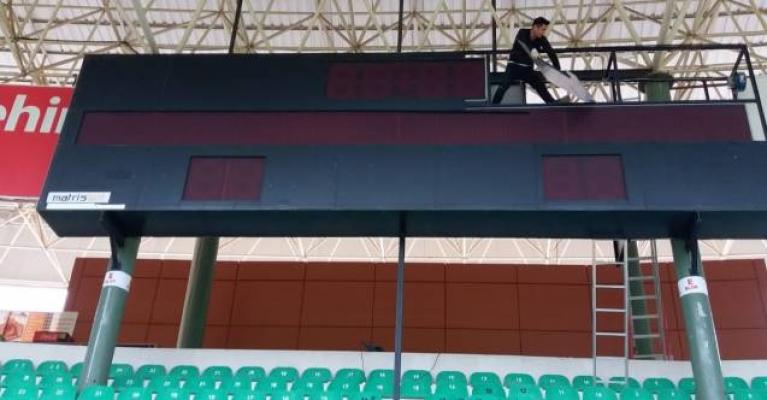 Bahçeşehir Stadyumu 'LED'leniyor
