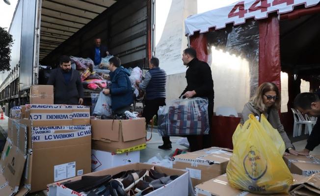 Alanya'da yardımlar bugün de toplanmaya devam ediyor