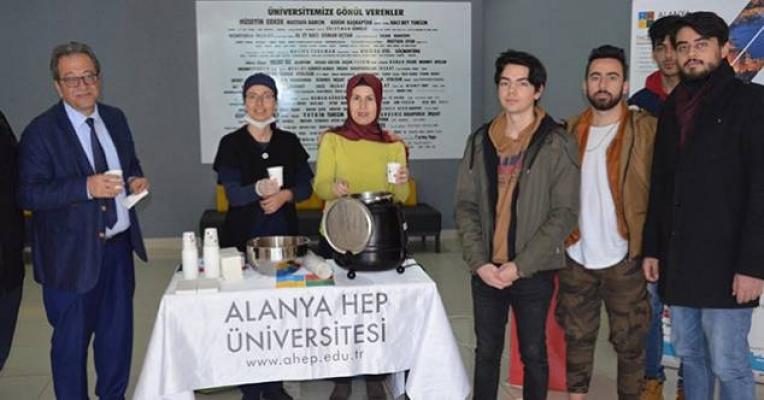 Alanya HEP Üniversitesi'nde Gastronomi öğrencilerinden çorba sürprizi